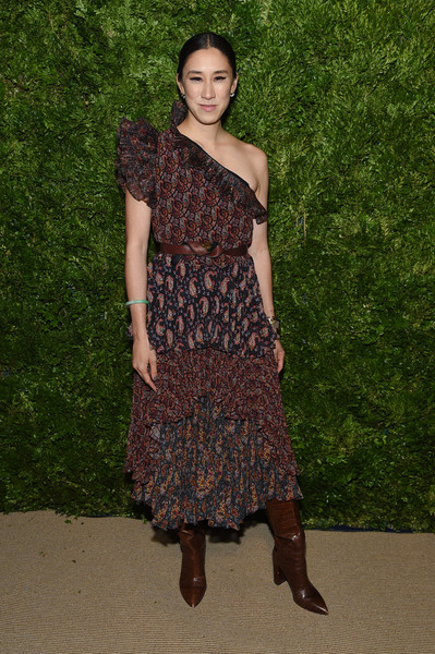 More Pics of Eva Chen One Shoulder Dress (1 of 2) - Eva Chen Lookbook - StyleBistro [clothing,dress,shoulder,brown,fashion,fashion model,footwear,joint,day dress,fashion design,eva chen,vogue fashion fund 2019 awards,new york city,cipriani south street,cfda]