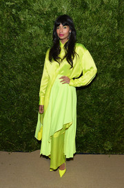 Jameela Jamil cut a bright figure in a neon-yellow shirtdress by Christopher John Rogers at the 2019 CFDA/Vogue Fashion Fund Awards.