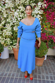 Tracee Ellis Ross showed off her oh-so-cool style with this paneled blue sweater dress by Prabal Gurung at the CFDA/Vogue Fashion Fund show and tea.