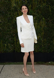 Shiva Rose chose a classic-fitted white skirt suit for the Chanel Dinner for NRDC.