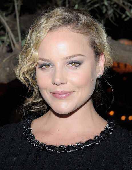 Abbie Cornish went with a shimmering, silver eye makeup look at the 'Chanel: Her Life' celebration. To try Abbie's look, we recommend sweeping a glitter eye pencil like Urban Decay 24/7 Glide-On Eye Pencil in Gunmetal. To soften any harsh lines, blend with fingertips or a cotton-tipped swab.
