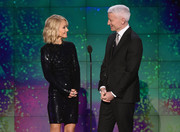 Kelly Ripa glittered onstage at the 2017 CNN Heroes show in a little black sequin dress.