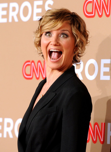 More Pics Of Jennifer Nettles Short Curls 1 Of 6 Short Hairstyles Lookbook Stylebistro