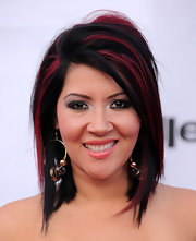 Raquel Cordova showed off her rocker-chic streaks while hitting the red carpet at a red carpet event.