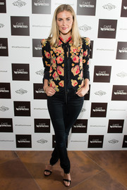 Donna Air kept it casual yet cute in a cropped floral jacket at the Cafe Nespresso Soho launch party.