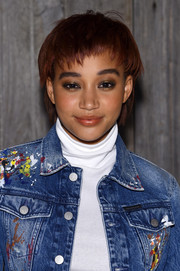 Amandla Stenberg rocked a choppy bowl cut at the Calvin Klein fashion show.