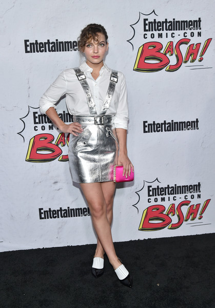 Camren Bicondova Satin Clutch [entertainment weekly hosts its annual comic-con party at float at the hard rock hotel,san diego in celebration of comic-con 2017 - arrivals,clothing,fashion,premiere,shoe,style,camren bicondova,san diego,hard rock hotel,california,entertainment weekly,party,celebration,comic-con]