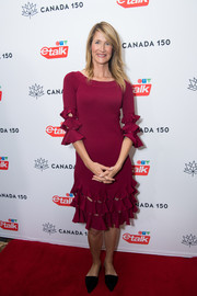 Laura Dern opted for pointy flats instead of heels to finish off her look.