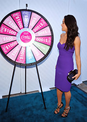 Michelle Rodriguez paired strappy sandals with a strapless dress for a totally sexy look during the Teen Choice Awards.