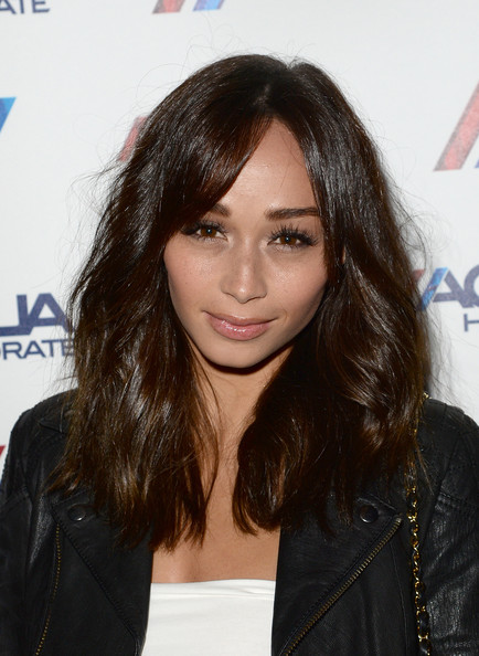Cara Santana Long Wavy Cut