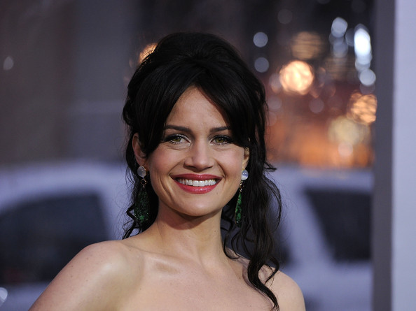 Carla Gugino Berry Lipstick [warner bros. pictures,sucker punch,hair,face,eyebrow,facial expression,hairstyle,lip,skin,beauty,black hair,smile,arrivals,carla gugino,grauman,california,chinese theatre,hollywood,premiere,premiere]
