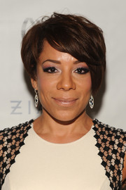 Selenis Leyva stayed on trend with this short emo cut at the Carmen Marc Valvo Spring 2015 show.
