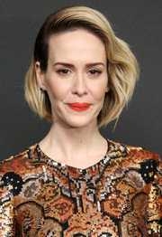 Sarah Paulson attended the New York premiere of 'Carol' wearing her hair slicked back on one side and wavy on the other.