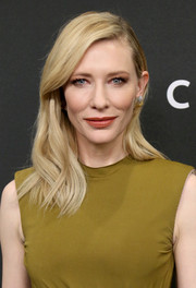 Cate Blanchett wore her hair loose with a side part and subtle waves when she attended the New York premiere of 'Carol.'