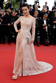 Li Bingbing totally enchanted in an embellished nude off-the-shoulder gown by Elie Saab Couture during the premiere of 'Carol' in Cannes.