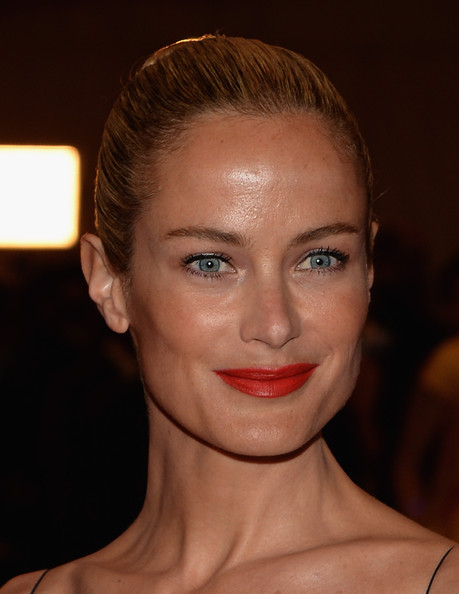 Carolyn Murphy Red Lipstick