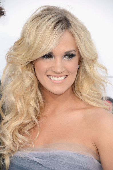 Carrie Underwood Makeup More Pics of Ca...