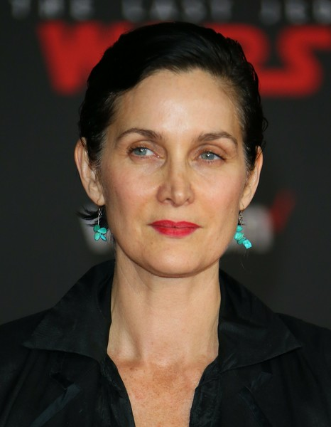 Carrie-Anne Moss Short Side Part [star wars: the last jedi,photo,hair,face,lip,eyebrow,chin,hairstyle,cheek,forehead,beauty,black hair,carrie-anne moss,arrivals,lacroix,los angeles,lucasfilm,disney pictures,premiere,premiere]
