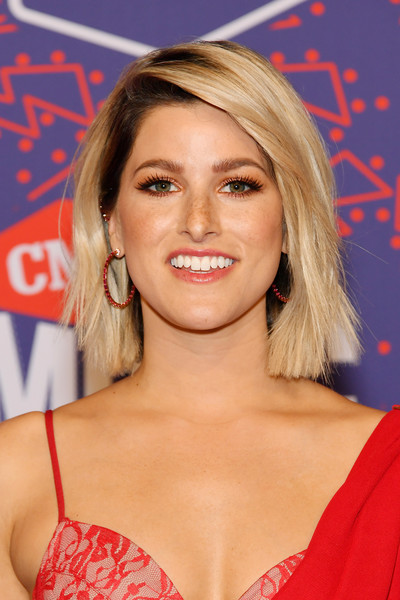 Cassadee Pope Bob [hair,face,blond,hairstyle,beauty,premiere,lip,long hair,brown hair,eyelash,arrivals,cassadee pope,cmt music awards,bridgestone arena,nashville,tennessee]