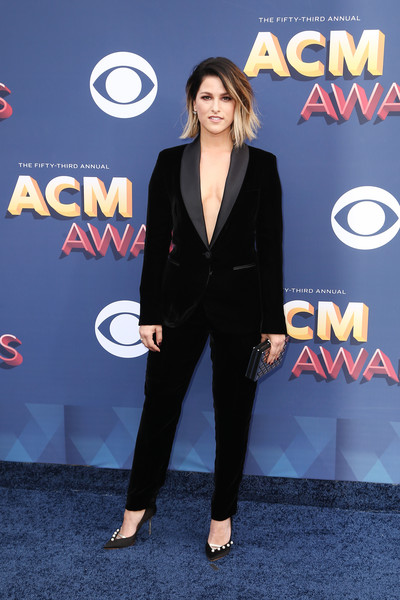 Cassadee Pope Pantsuit [suit,formal wear,flooring,carpet,gentleman,tuxedo,fashion,red carpet,outerwear,electric blue,arrivals,cassadee pope,nevada,las vegas,mgm grand garden arena,academy of country music awards]