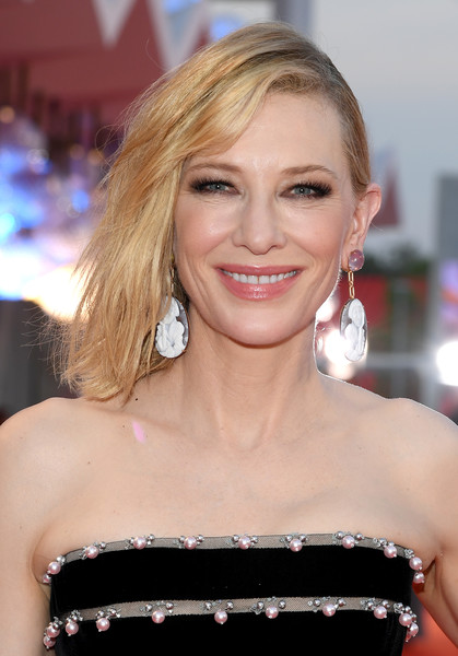 Cate Blanchett Medium Layered Cut [hair,face,hairstyle,blond,eyebrow,shoulder,beauty,lip,premiere,chin,red carpet arrivals,joker,cate blanchett,sala grande,red carpet,venice,italy,76th venice film festival,screening]