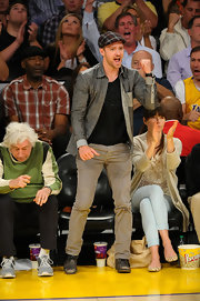 Justin Timberlake cheered on the Lakers in this chambray button-down.