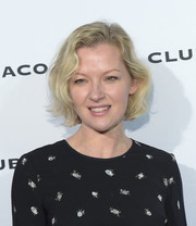 Gretchen Mol wore her hair in a short wavy style at the Club Monaco presentation.