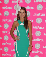 Vogue's aquamarine dress looked extra-elegant paired with an stylish hat.