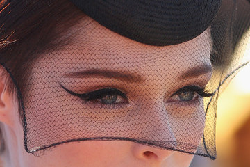 The Coolest Celebrity Cat Eyes