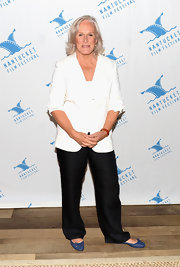 Glenn Close stuck to classic black and white at the Nantucket Film Festival.