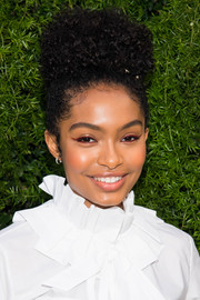 Yara Shahidi looked adorable with her afro puff at the Chanel dinner celebrating Lucia Pica.