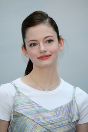 Mackenzie Foy kept it youthful with this side-parted ponytail at the Chanel Couture Fall 2018 show.