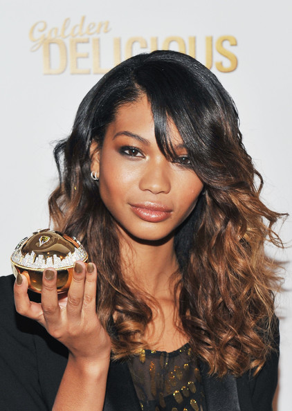 Chanel Iman Metallic Nail Polish [hair,hairstyle,long hair,black hair,brown hair,beauty,layered hair,hair coloring,bangs,lip,chanel iman,golden delicious,new york city,dkny store,dkny,fragrance bottle unveiling,golden delicious million dollar fragrance bottle unveiling]