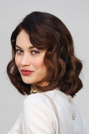 Olga Kurylenko showed off perfectly sweet curls at the Chanel Haute Couture show.