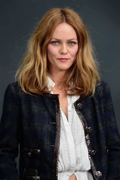 Bubblegum pink lips were a fun and playful choice for Vanessa Paradis at the Chanel runway show in Paris.