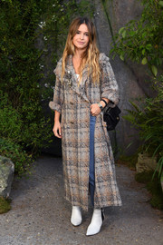 Miroslava Duma arrived for the Chanel Spring 2018 show wearing a stylish plaid tweed coat.