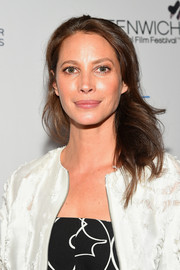 Christy Turlington wore her hair down in bouncy waves at the Changemaker Honoree Gala.