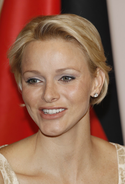 Charlene Wittstock Bob [albert ii,charlene gala dinner,charlene of monaco,princess,hair,face,blond,hairstyle,eyebrow,chin,lip,forehead,shoulder,long hair,monaco,berlin,schloss bellevue palace,stuttgart,gala dinner,arrival]