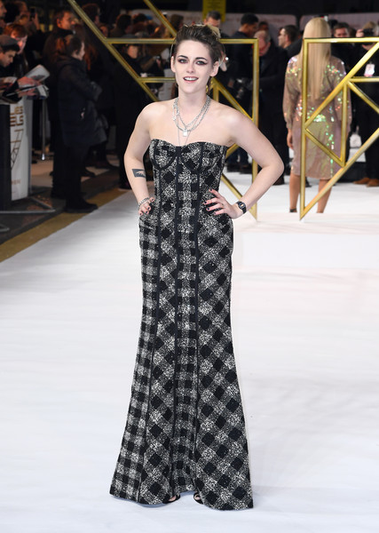 Kristen Stewart donned a strapless plaid gown by Thom Browne for the UK premiere of 'Charlie's Angels.'