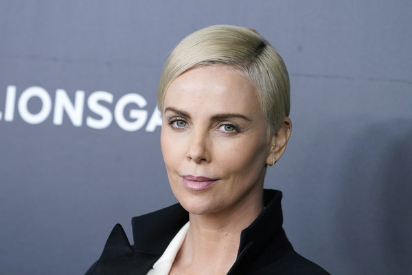 Charlize Theron Side Parted Straight Cut [bombshell,hair,face,eyebrow,hairstyle,blond,forehead,chin,lip,beauty,head,charlize theron,jazz,new york,lincoln center,screening]