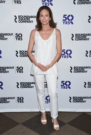 Diane Lane finished off her look with a pair of two-tone peep-toe heels.