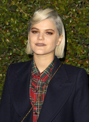 SoKo looked cool with her sculpted bangs during the Chloe LA fashion show and dinner.