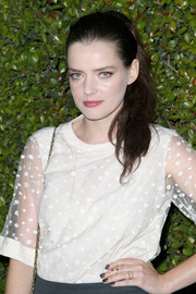 Roxane Mesquida pulled her hair back in a casual yet chic ponytail for the Chloe LA fashion show and dinner.