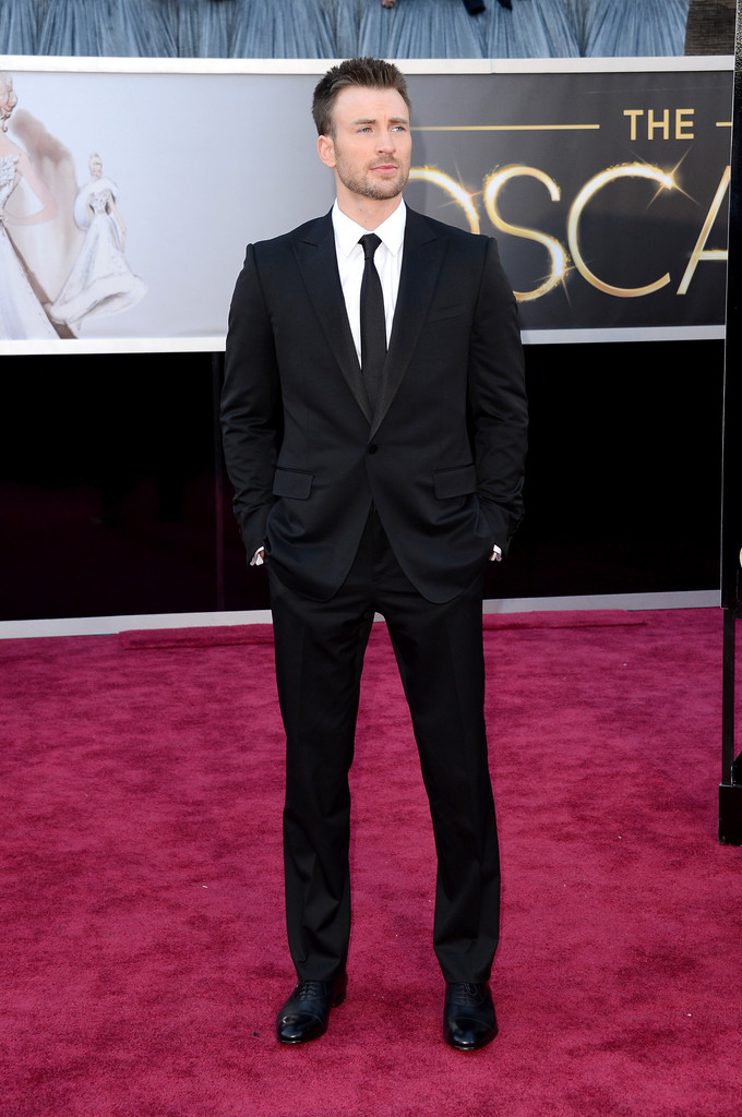 Chris Evans Tuxedo Chris Evans Looks Stylebistro