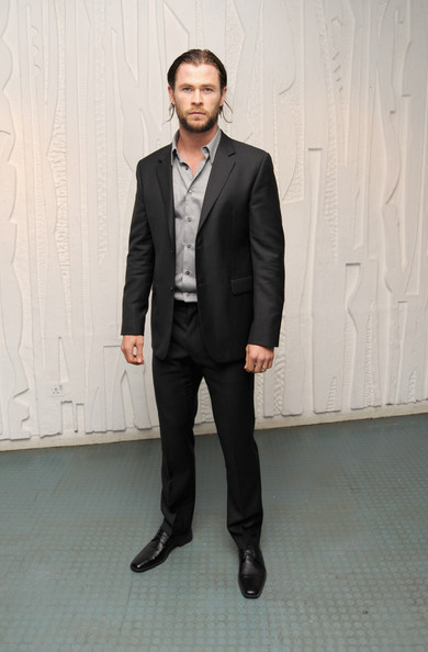 Chris Hemsworth Men's Suit