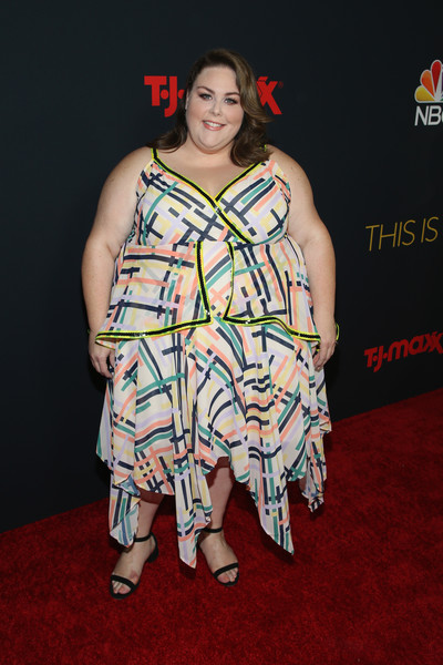 Chrissy Metz Print Dress [this is us,season,clothing,carpet,premiere,red carpet,fashion,flooring,dress,event,fashion design,performance,chrissy metz,california,hollywood,nbc,paramount studios,premiere]