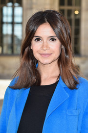 Miroslava Duma sported a textured, center-parted 'do at the Dior fashion show.