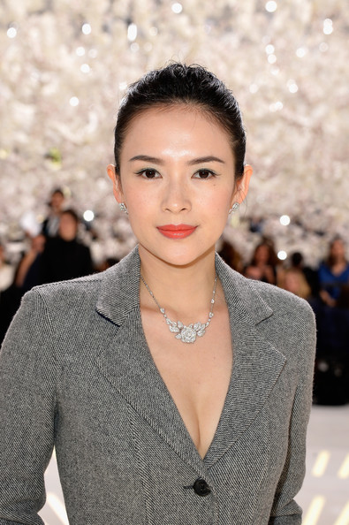 Zhang Ziyi attended the Dior Couture show wearing the label's Bagatelle necklace.