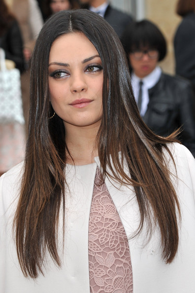 More Pics of Mila Kunis Neutral Eyeshadow (3 of 9) - Mila Kunis Lookbook - StyleBistro
