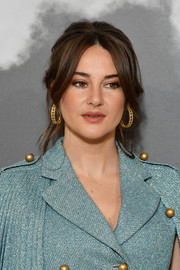 Shailene Woodley amped up the glam factor with a pair of gold hoops.